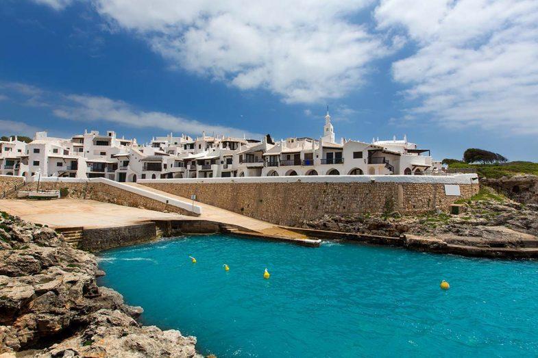 Binibeca est l'un des meilleurs endroits où rester à Minorque.