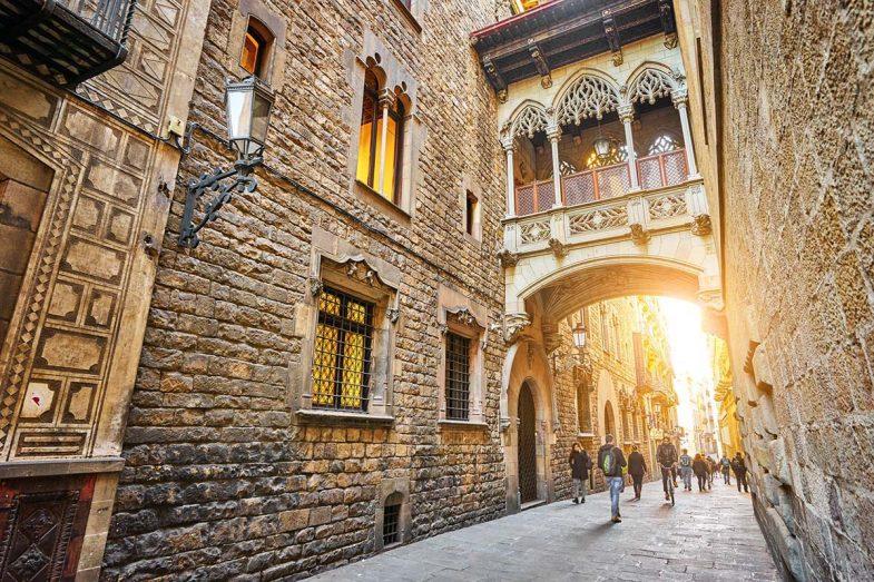Le quartier Gothique c'est un de les millours quartiers our domir à Barcelone