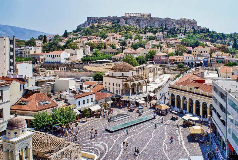 Dormir à Athènes dans le quartier de Monastiraki est l'occasion de tester les spécialités culinaires locales.