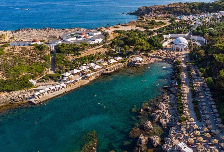 Kallithea, ville balnéaire réputée pour ses plages