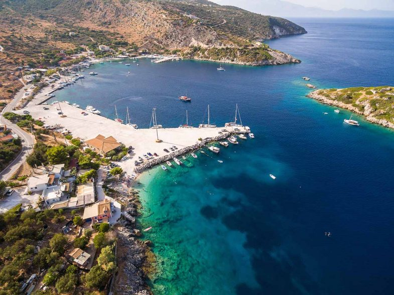Agios Nikolaos (Skinari), charmant port