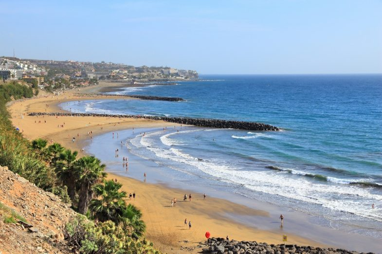 Playa del Inglés: prédilection où loger à Grande Canarie pour paresser au soleil.