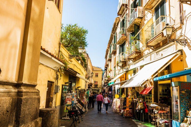 Les meilleurs quartiers où dormir à Naples ?